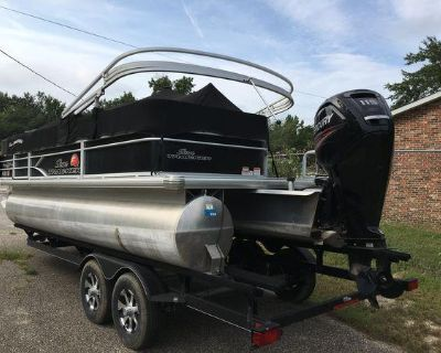 2016 Sun Tracker Party Barge 22 DLX