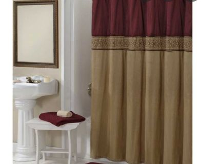 Burgundy/gold shower curtain