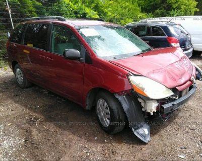 Salvage Red 2009 Toyota Sienna