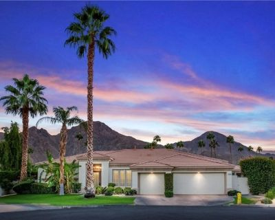 Gated Country Club + Walking Distance to Tennis Gardens - Indian Wells