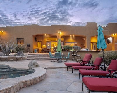 Private Luxury Golf Retreat with Amazing views! - Rio Verde Foothills