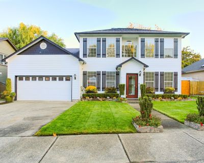 Oregon Winemakers Beautiful Colonial in Salem - Minutes to world class wineries - West Salem