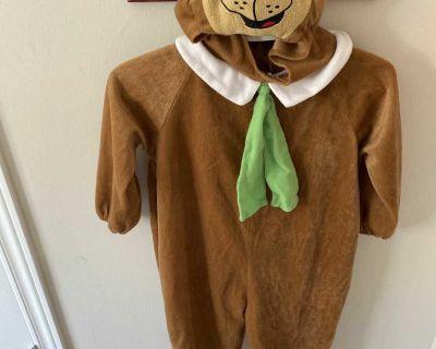 Yogi bear costume size 6 to 8