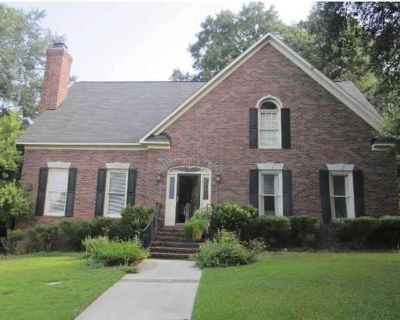Great Spacious Home for Extended Masters Rental. Fully Furnished w/ 3 Bedrooms - North Augusta