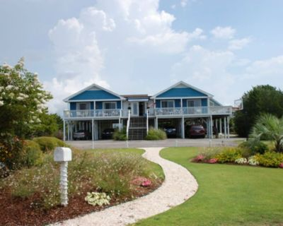 Home with elevator....price reflects 3 BR's (x 2 for 6 BR's) - Shell Island