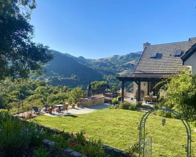 Spectacular Views on 160 Acre Stunning Ranch House - Cambria