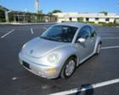 Used 2001 VOLKSWAGEN NEW BEETLE For Sale