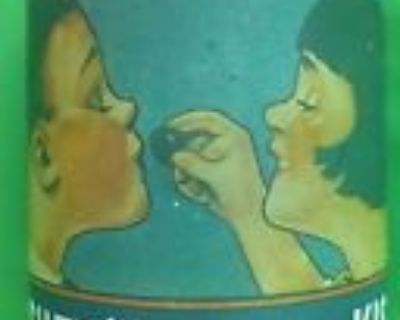 """VIINTAGE COLLECTIBLE HERSHEY'S """"A KISS FOR YOU"""" TIN CAN"""