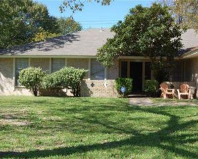 8012 Pinedale Cv #B, Austin, TX 78757 2 Bedroom Apartment