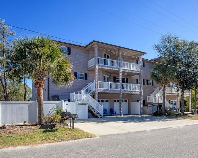 Family Beach House - Owner Operated,Salt Water Pool, Elevator, Game Room - Crescent Beach