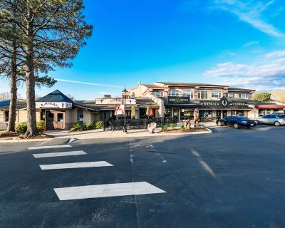 Retail Space Available in Cottonwood Square