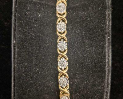 Sterling Silver 1/4 ct t.w. diamond XO bracelet