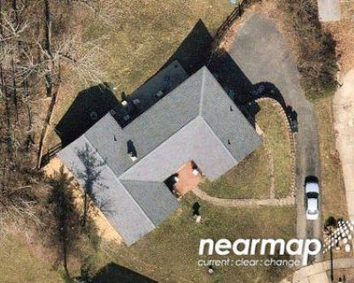 4 Bed 2.5 Bath Preforeclosure Property in Hamilton, OH 45013 - Flagler Ct