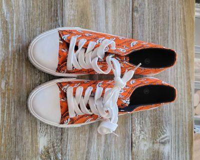 FOCO Ladies Canvas Denver Broncos Shoes, brand new