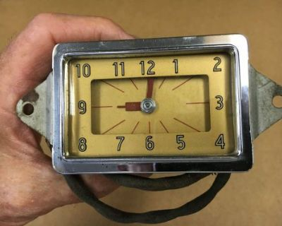 1939 Chevrolet Master Deluxe Glove Box Electric Clock