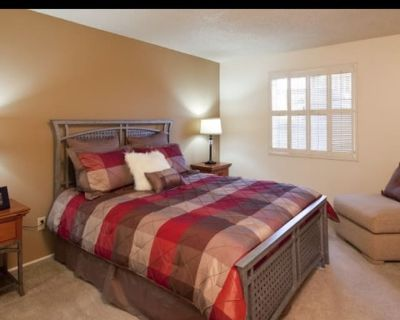 Private room with own bathroom - Catalina Foothills , AZ 85718