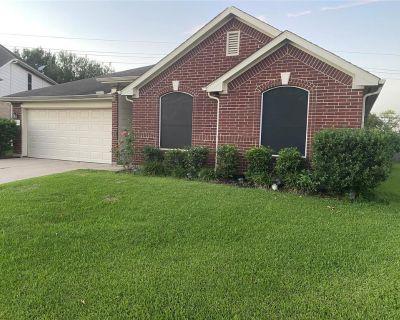 15943 Breanna Lane, Houston, TX 77049