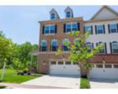 End Unit Townhome in Beechtree Community- Convenient to DC and AAFB