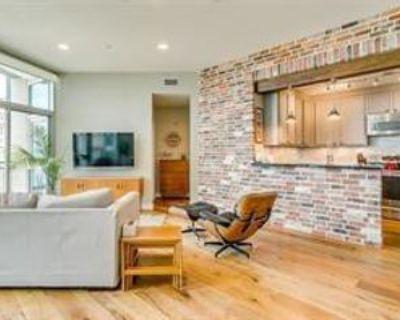 500 Throckmorton St #1507, Fort Worth, TX 76102 2 Bedroom Condo