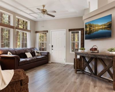 Moose Manor 3 Bedroom Home With Fireplace in Big Bear Dog Friendly - Big Bear City