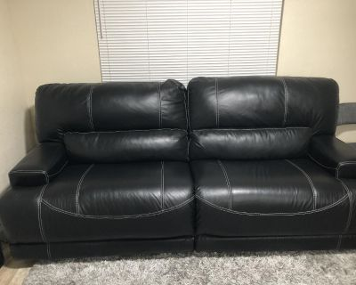 Two Sofas with recliner