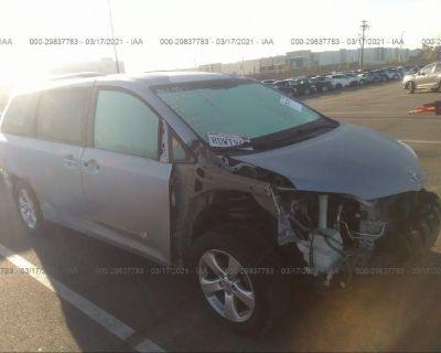 Salvage Silver 2016 Toyota Sienna