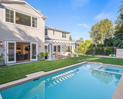 Luxury Palisades Home w/ Movie Room, Outdoor Climbing Frame, Pool & Spa - Pacific Palisades