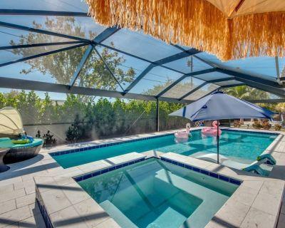 Private Beach, Pool Table, Ping Pong, Picnic Area, Pool w Spa, Sleeps 10 - Villa Dolphins Paradise - Caloosahatchee