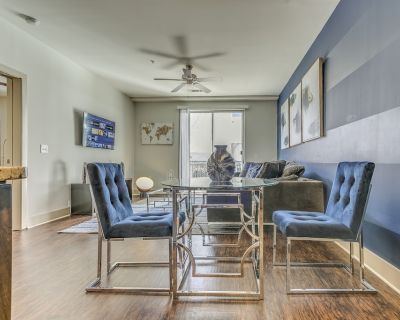 Spacious Lux 1BD|Heart of ATL|4K TV|Self-Check In|Loaded Kitchen & Bathroom - SoNo