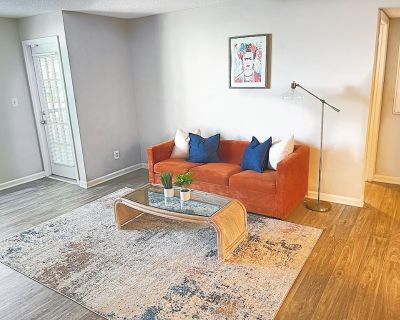 Spacious Clean Apartment in Atlanta Ideal for Long Stays - Colonial Homes