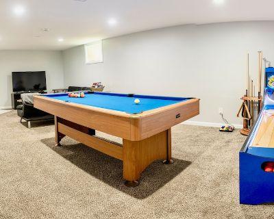 !FULLY LOADED!! Skeeball+Pool Table+ping pong W/D - Littleton