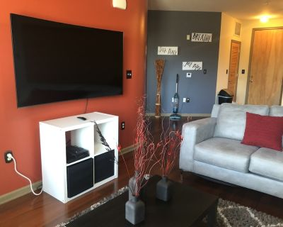 EXCLUSIVE FURNISHED LUXURY CONDO - West End