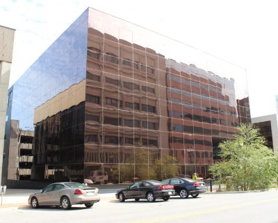 Downtown Professional Office/Adjacent North Grand Parking Ramp