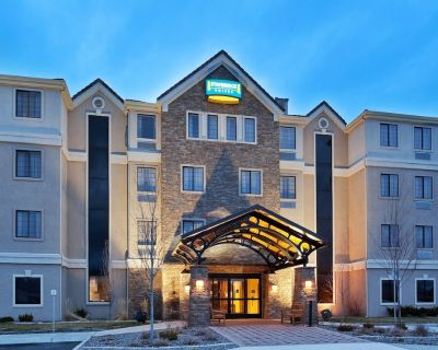 Cozy Suite Near Reno-Sparks Convention Center | Great for Business Travelers! - Reno