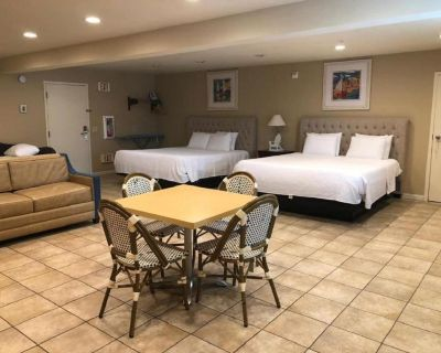 SK - Superior Room Multiple Beds - Morro Bay