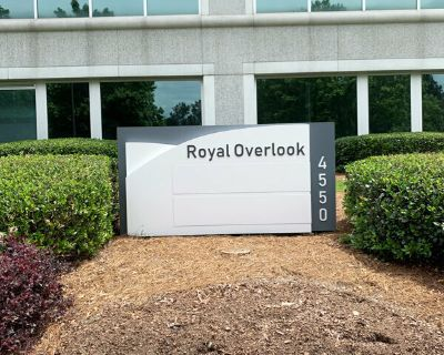 8,194 RSF Available at Royal Overlook in Alpharetta