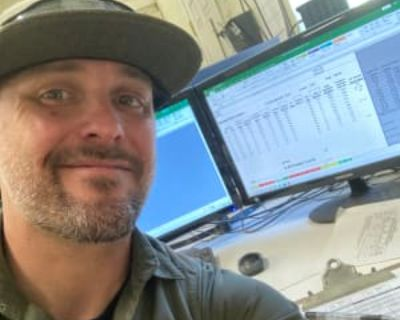 Aaron, 38 years, Male - Looking in: Denver CO