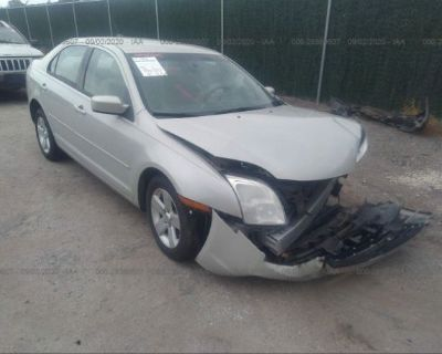 Salvage White 2008 Ford Fusion