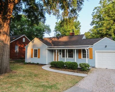 Westside Cottage is Stylish Cozy home located mins to Uptown Charlotte & Airport - Ashley Park
