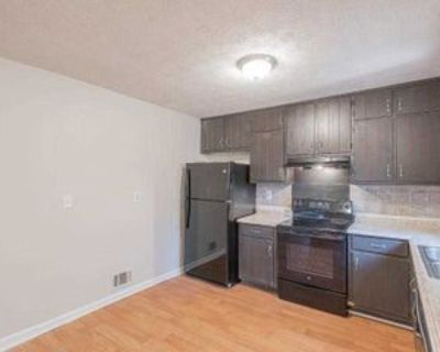 Room for Rent - near I-20 exit 65, Decatur, GA 30032 2 Bedroom House