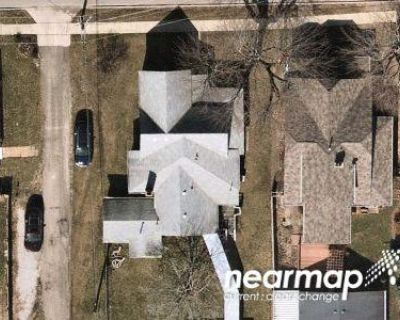 3 Bed 1.5 Bath Foreclosure Property in Greenwood, IN 46142 - W Pearl St