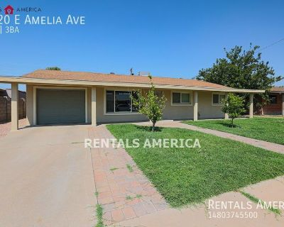 Beautifully updated 4-Bed/2-Bath located in the heart of Scottsdale!!