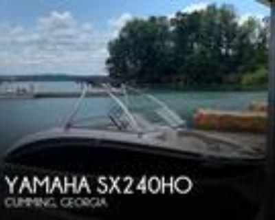 24 foot Yamaha 240