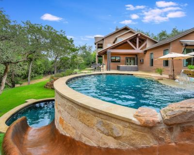 ABOVE PLAYGROUND | Up to19 Beds | 9m ATX | Pool&Spa I Yard Games | Private - Glenlake