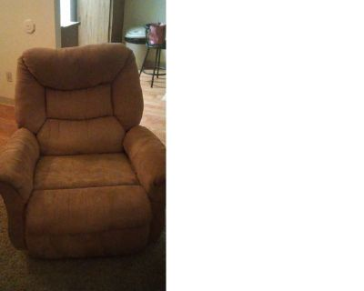 loveseat with reversable pillows and or tan recliner