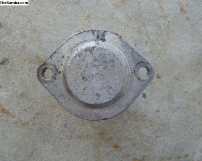 Porsche 911 Internal Engine Oil Thermostat