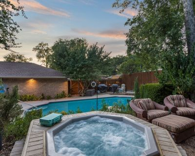 Big Pool and Hot Tub in Patio Oasis. Fire pit! Spacious Clean Home & Great Beds! - Duncanville