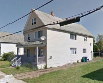 71 Ivy St Lowr, Buffalo, NY 14211 3 Bedroom Apartment