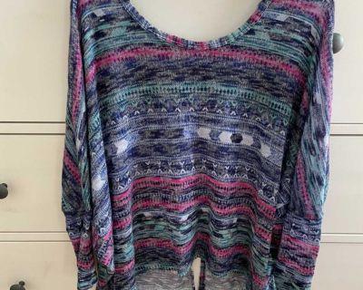 Mason + Mackenzie multicolored cropped hi-low sweater, size L
