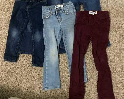 5 pairs of girls jeans